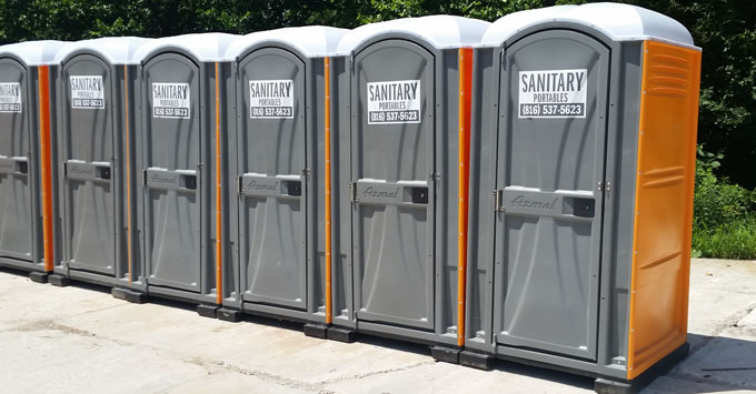 Lee's Summit MO porta potty rentals from U-LOAD-IT